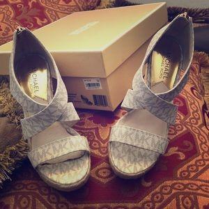 MK wedge vanilla color shoes